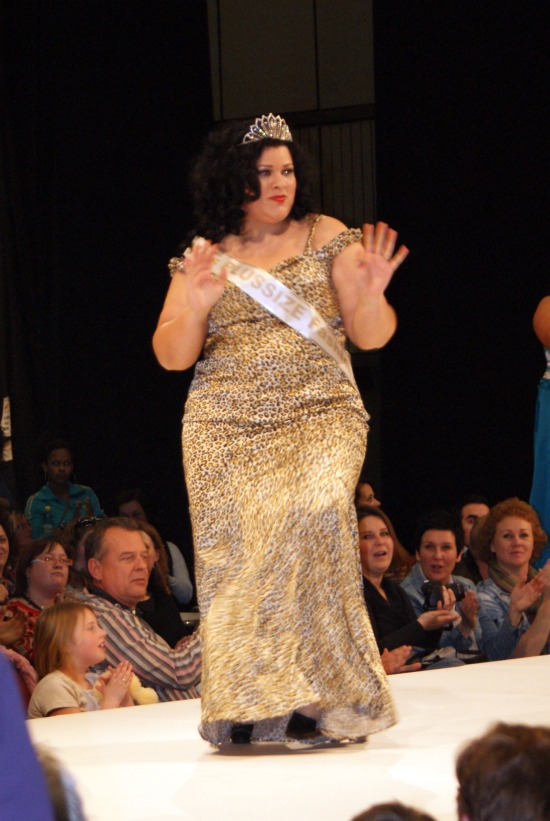 102 - Miss Plussize Fashion Verkiezing 2011
