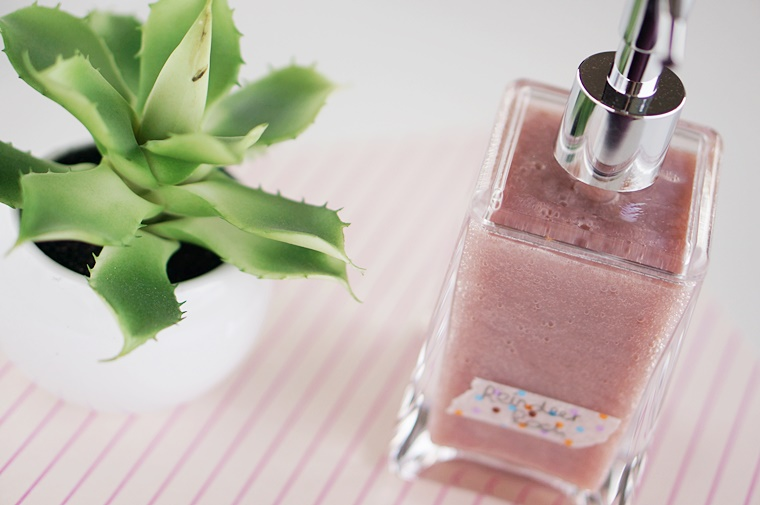 diy lush vloeibare zeep 4 - Beauty DIY | Je favoriete Lush zeep vloeibaar maken