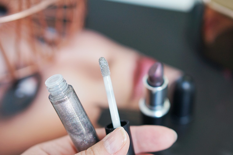 mac star trek 8 - MAC Star Trek | Kling-It-On lipstick & Set To Stun lipglass
