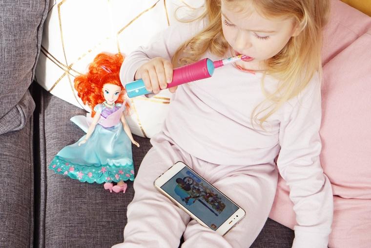 elektrische tandenborstel kind oral b 7 - Momtalk | Hoe verzorg je het gebit van je kind? (tips & tricks)