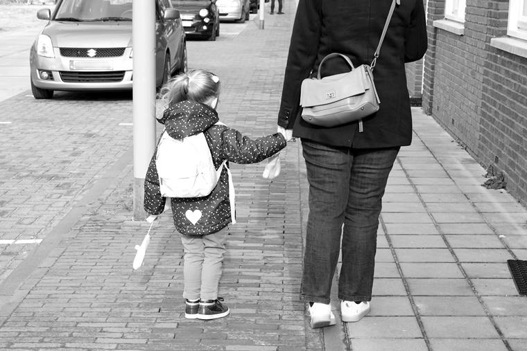inhoud rugzak basisschool 6 - Mama & Kind | Wat zit er allemaal in Shae's rugzak voor de basisschool?