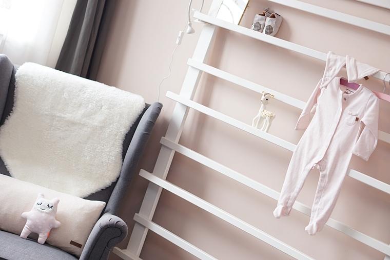 babykamer voorleeshoek 1 - Babykamer #2 | De voedings- & voorleeshoek