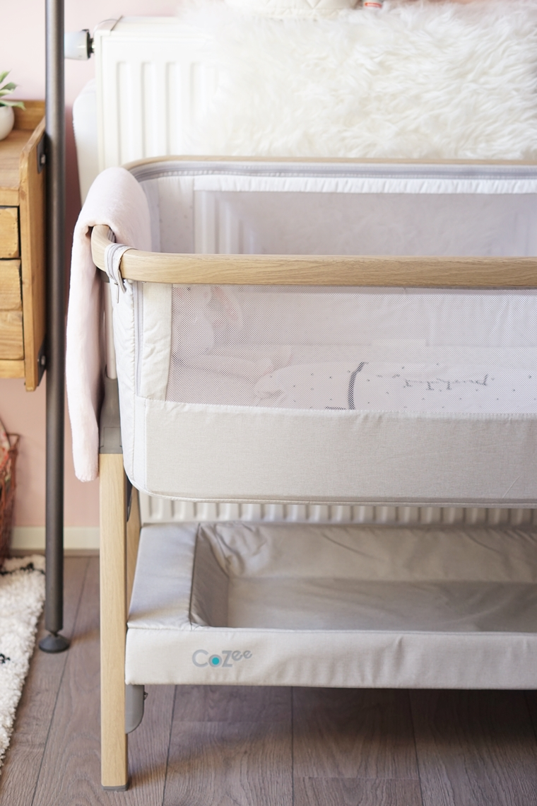 tutti bambini cozee bedside crib 2 - Baby musthave | Tutti Bambini CoZee bedside crib