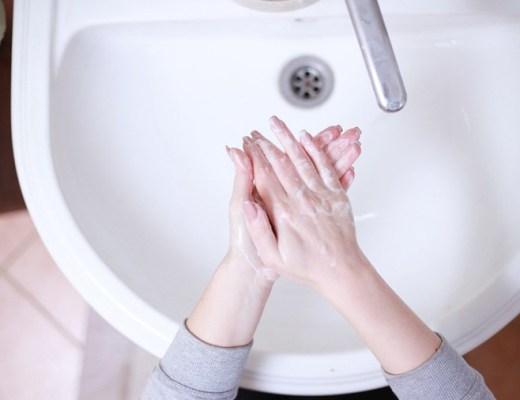 droge handen en nagelriemen (tips)