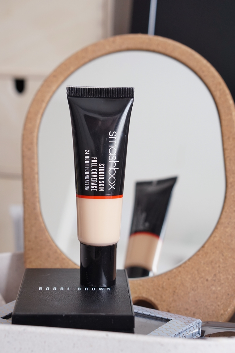 smashbox studio skin full coverage foundation review 2 - Foundation Friday | Smashbox Studio Skin full coverage foundation