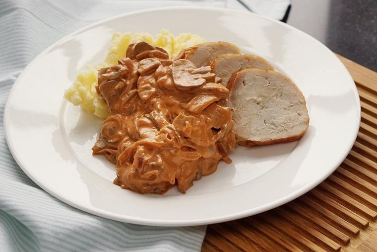 paddenstoelen stroganoff recept koken inductie bk pannen 6 - Recept | Romige paddenstoelen stroganoff