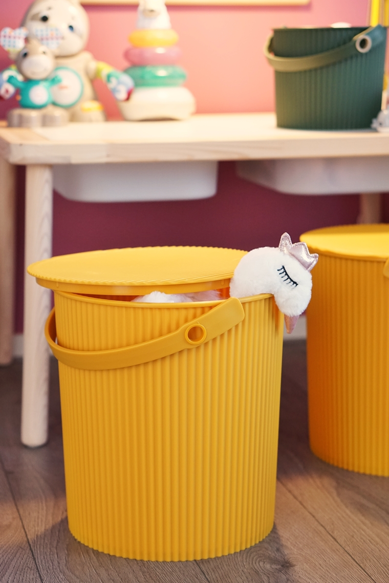 hachiman omnioutil bucket emmer speelhoek 3 - Home | Een update van het speelhoekje voor de meiden