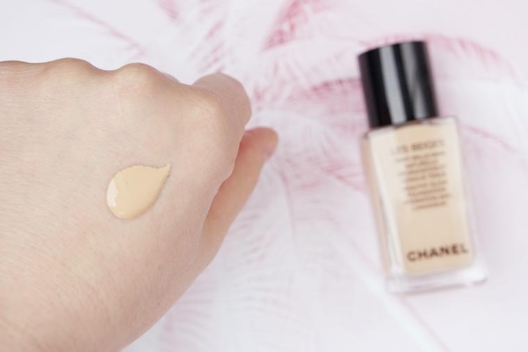 chanel les beiges healthy glow foundation review 8 - Foundation Friday | Chanel Les Beiges Healthy Glow foundation (hydration and longwear)