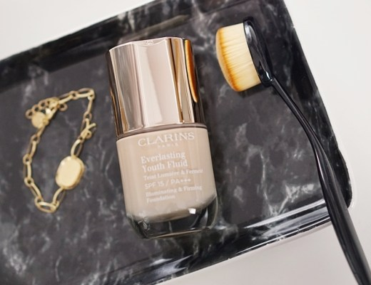Clarins Everlasting Youth Fluid foundation review/ervaring 103 Ivory
