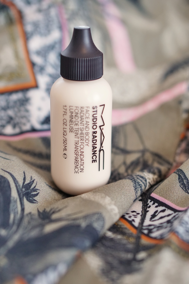 mac studio radiance face and body foundation review C0 3 - Foundation Friday | MAC Studio Radiance face and body foundation