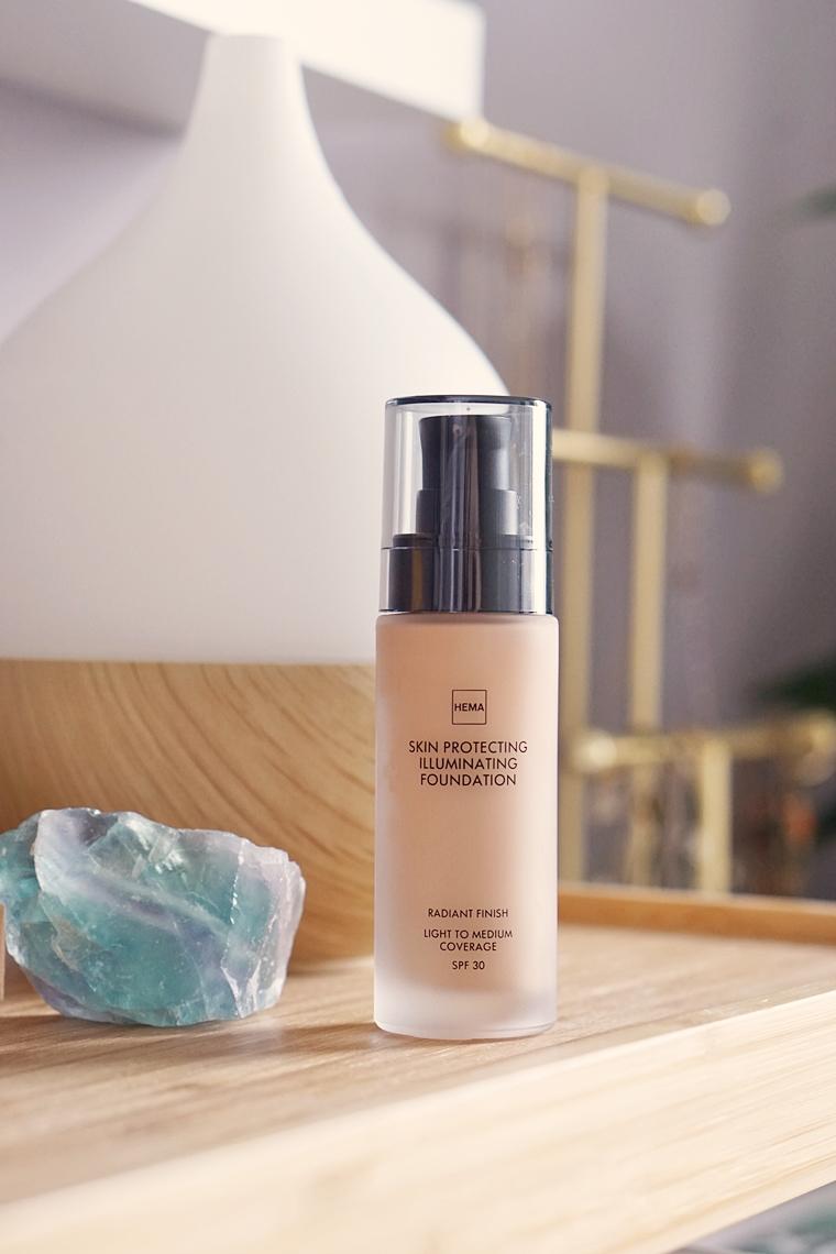 hema skin protecting illuminating foundation review 5 - Foundation Friday | HEMA Skin Protecting Illuminating foundation