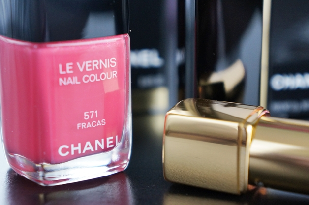 chanel-la-favorite-fracas-mac-once-upon-a-time-3
