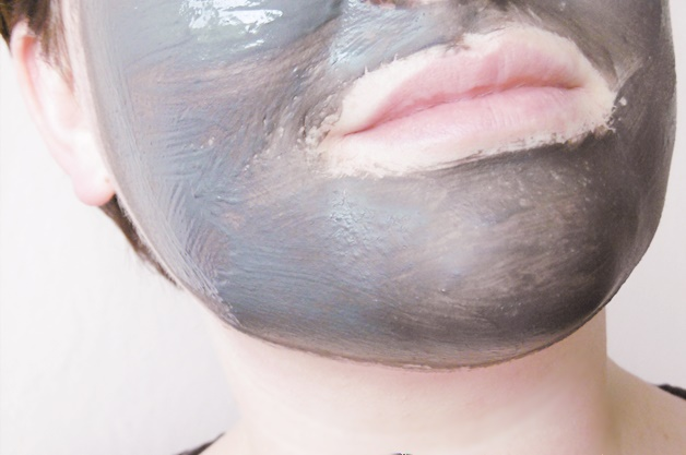 clinique pore refining solutions charcoal mask review 5 - Clinique pore refining solutions | Charcoal Mask