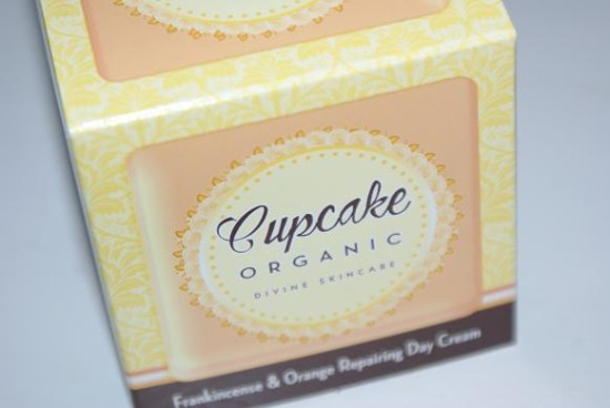cupcakeorganicfrankinscense1 - Review: Cupcake Organic Frankincense & Orange