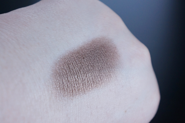 etos-highlighting-illuminizer-intense-eyeshadow-5