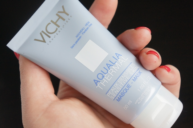 Gezichtsmaskers voor de droge huid