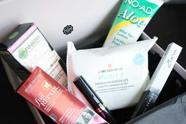 glossybox2012mei2 - Glossybox | Mei (unboxing)
