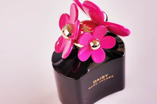 marc jacobs daisy hot pink 2 - Marc Jacobs Daisy hot pink edition