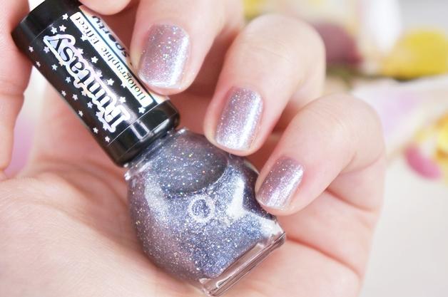miss-sporty-funtasy-holographic-nail-polish-4