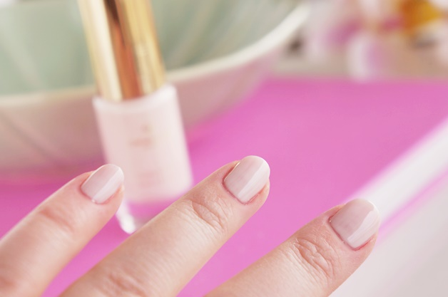 oriflame giordani gold intense shine nail lacquer swatches review 20 - Oriflame Giordani Gold intense shine nail lacquer collectie