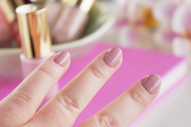 oriflame giordani gold intense shine nail lacquer swatches review 4 - Oriflame Giordani Gold intense shine nail lacquer collectie