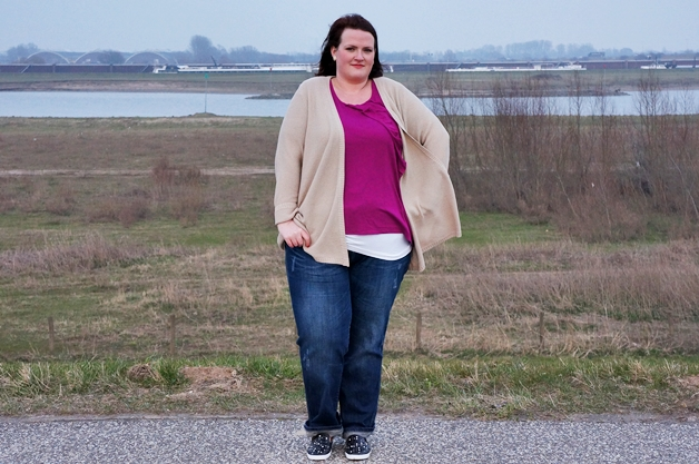 plussize outfit week 15 3 - Plussize outfit | Magenta ruffles