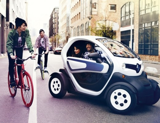 renaulttwizyadvertorial1 - Plug into the positive energy met Twizy!
