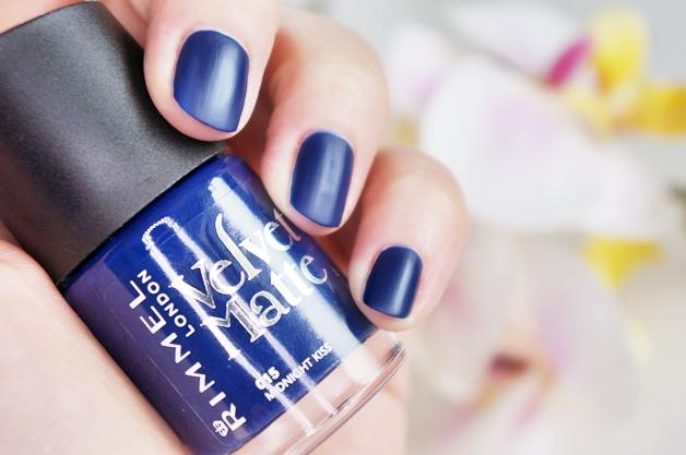 rimmel velvet matte nagellak 4 - Love it! | Rimmel velvet matte nagellak