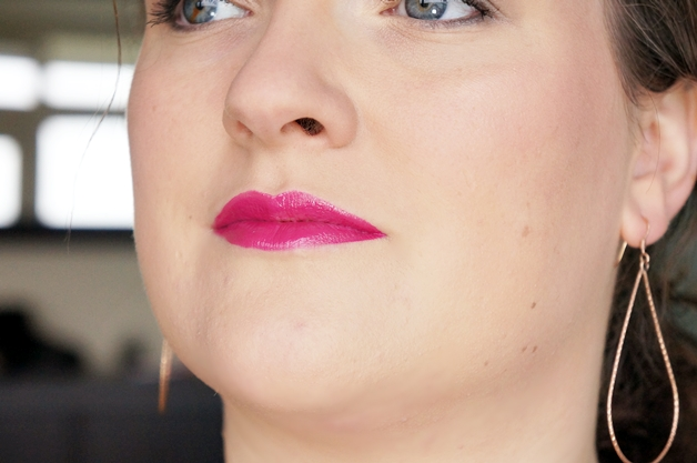 shiseido sheer and perfect foundation lacquer rouge 11 - Shiseido sheer and perfect foundation & lacquer rouge