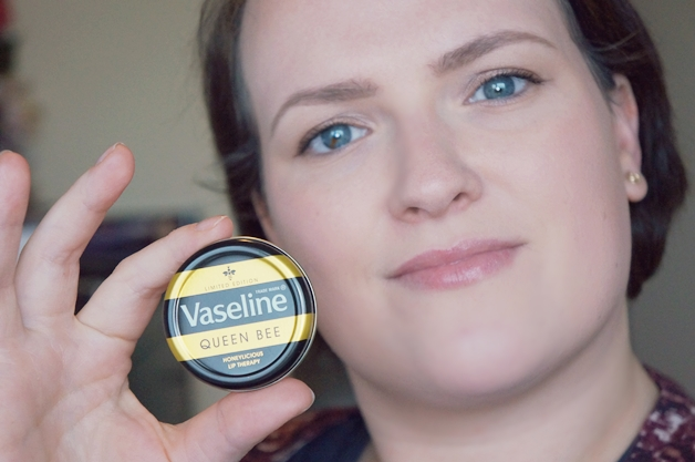 vaseline-queen-bee-4