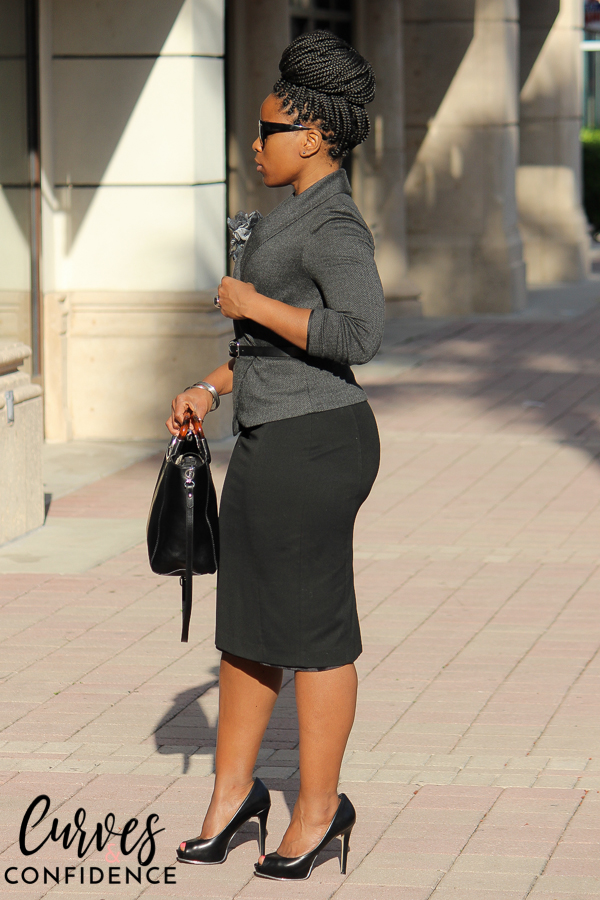Curves and Confidence: How Curvy Girls Wear Pencil Skirts