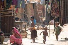 5.1743_Bihari-family4
