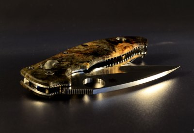 "Spyderco Manix 2 custom scales ""nebula"""