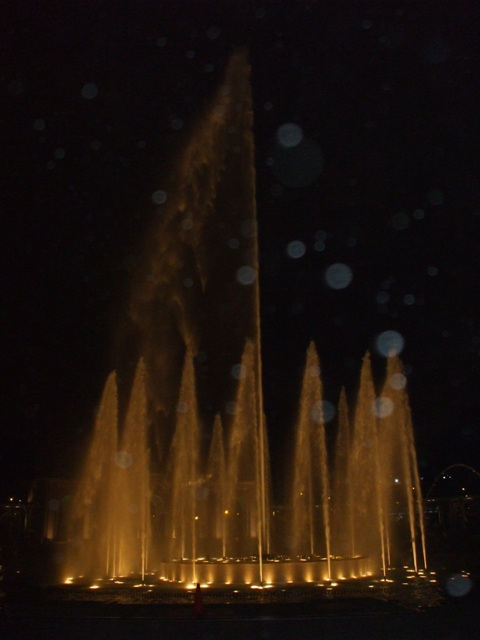 at world's largest fountain park (in Lima)