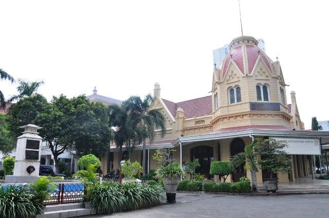 Balai Pemuda in Surabaya