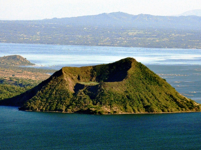 Taal Volcano and Taal Lake in Tagaytay