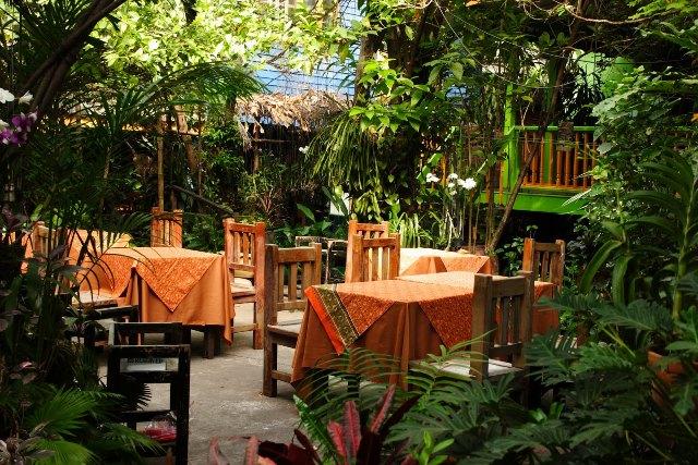 local cuisine in bangkok