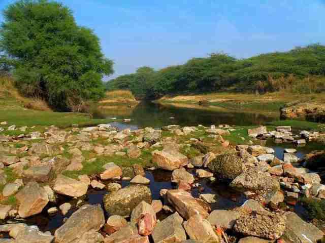 lake, agra, india
