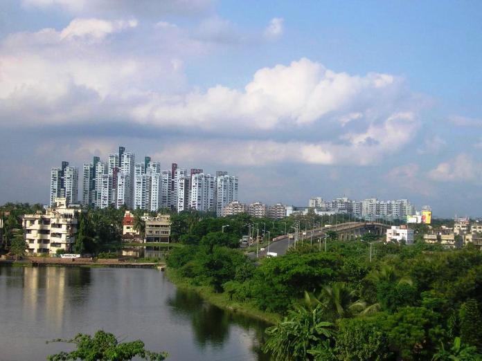 calcutta, india, skyline