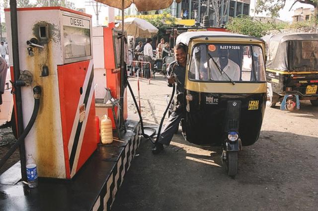 touring around udaipur, indai, auto-rickshaw