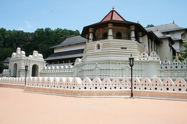 temple, sri lanka, buddist temple