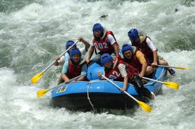 white water rafting, outdoor activity, taiwan, hualien