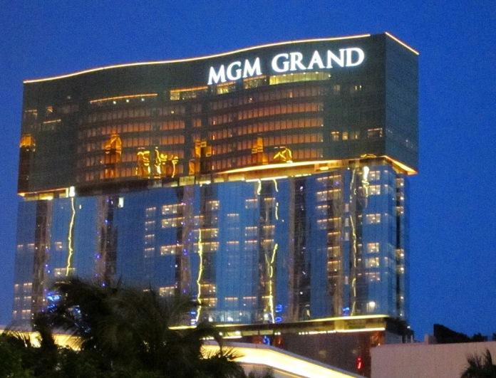 luxury hotel macau, mgm grand macau