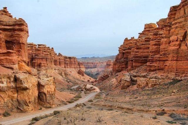 kazakhstan canyon, charyn canyon