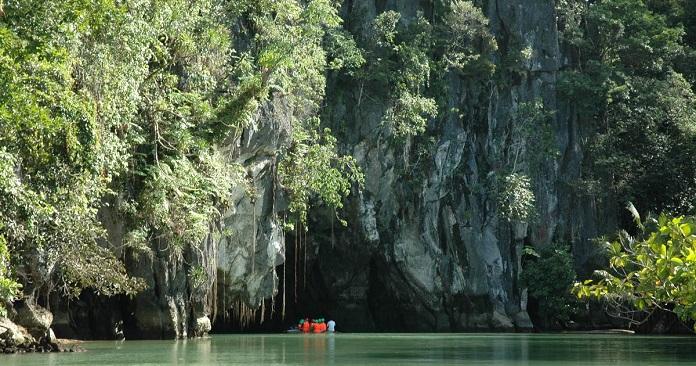 underwater river, palawan, puerto princesa