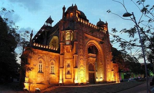 art gallery, chennai, india