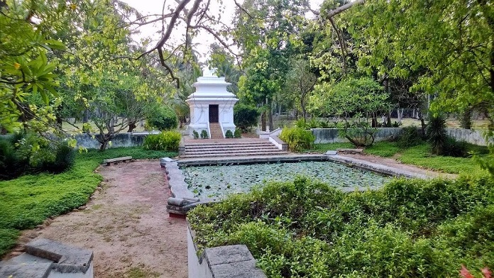 theosophical garden, india, chennai