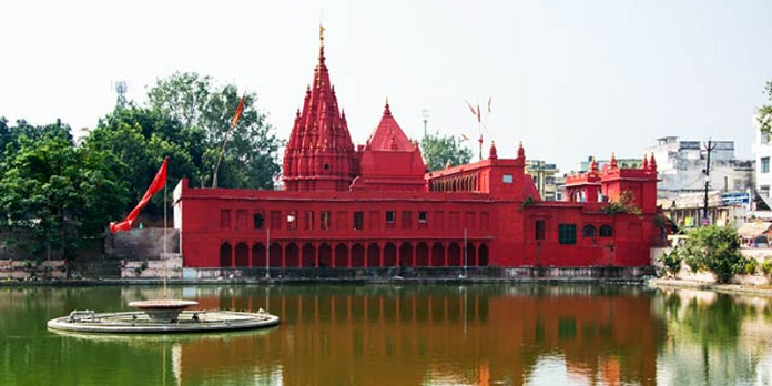 durga temple, varanasi, india