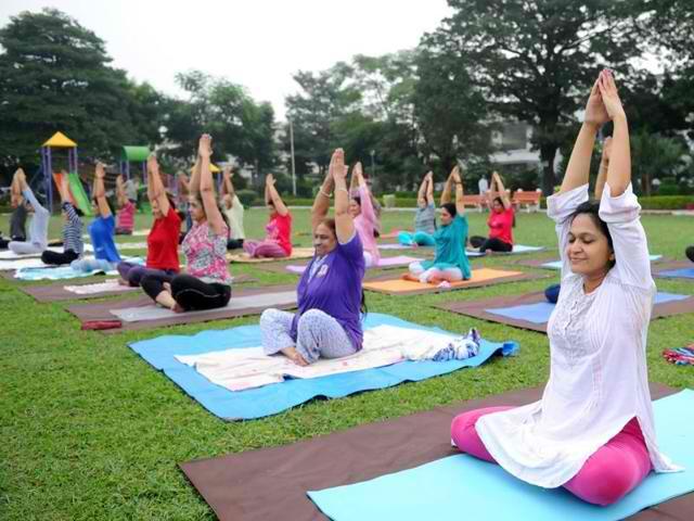 yoga, varanasi, india