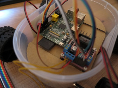 small resolution of raspberry pi remote controlled car with a raspberry pi wiring